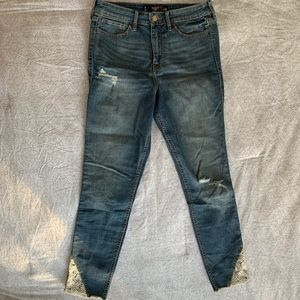 Hollister High Rise Crop Distressed Jeans w/ Lace